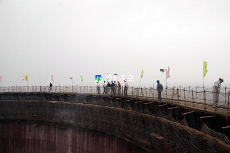 山东谷神公司热电厂3000m2冷却塔新建施工(1)
